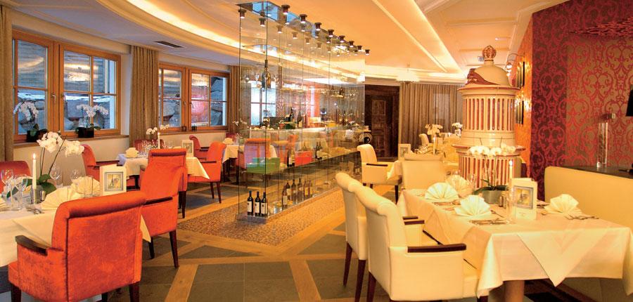 Austria_Hinterglemm_Hotel-Alpine-Palace_Dining-room.jpg